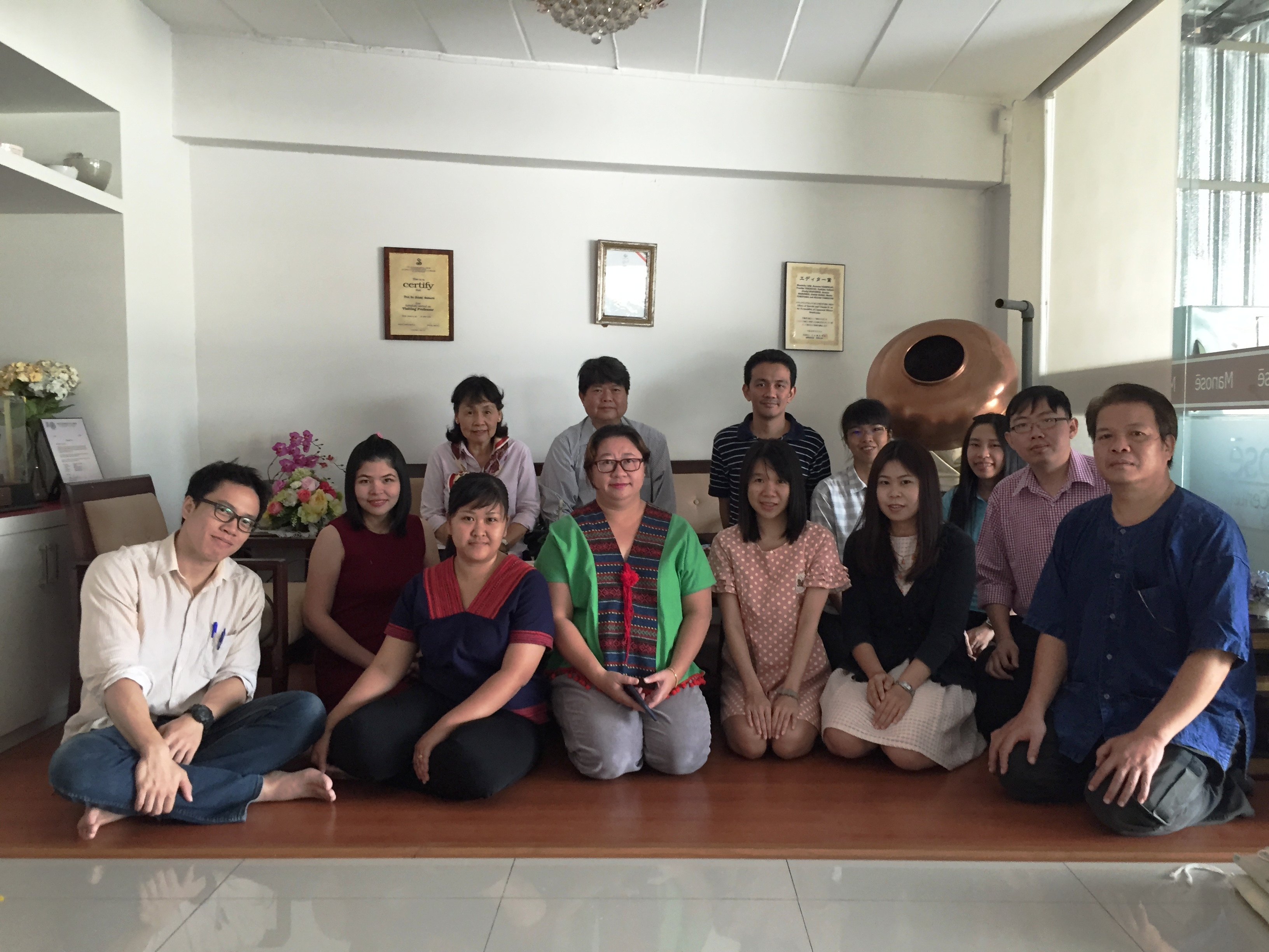 Staffs, researchers, PhD students and student alumni and Mrs. Anchisa Rungroangsri have come to pay respect to the board of Manose Health and Beauty Research Center on the occasion of Thai New year (Songkran Festival)