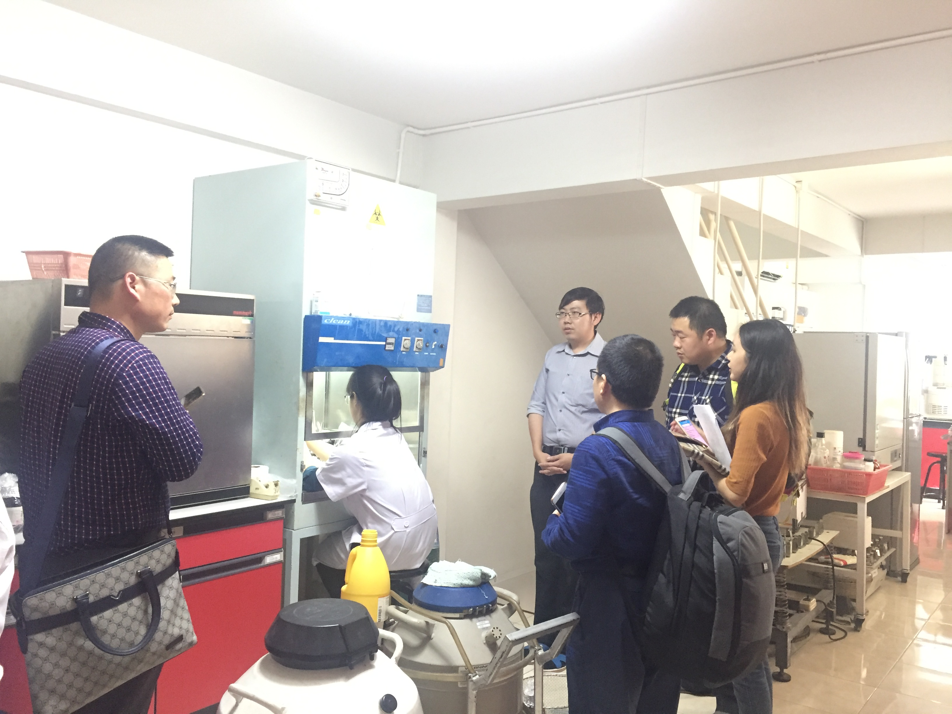 The Reseacher Team from Institute of Chinese Herbal Medicine, Hubei Academy of Agricultural Sciences, China visited Manose Health and Beauty Research Center